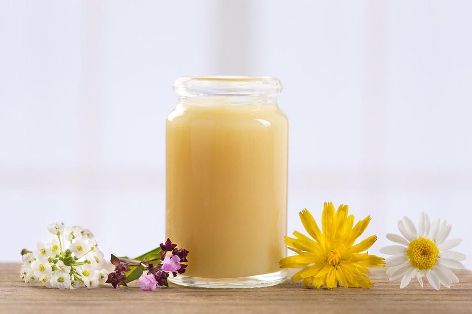 Sữa ong chúa nguyên chất